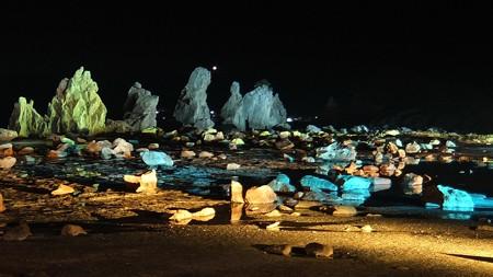 橋杭岩ライトアップ ワイド02-4