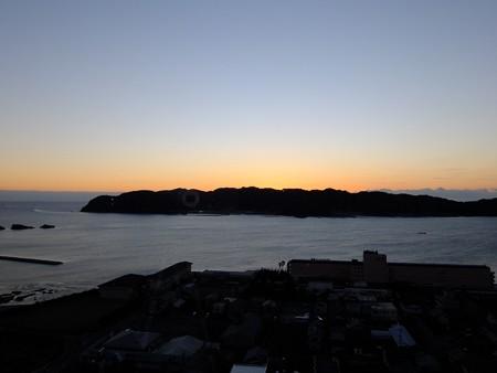 串本の夜明け04 紀伊大島