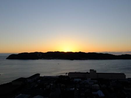 串本の夜明け05 紀伊大島