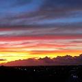 写真: 本日の朝焼・夜明け・・・。