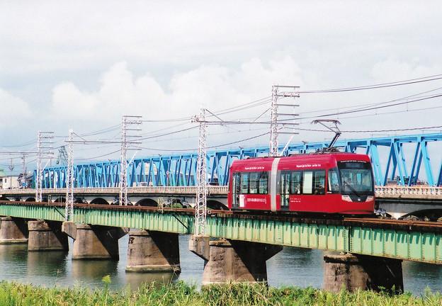 09月 万葉線 IN 庄川橋梁2