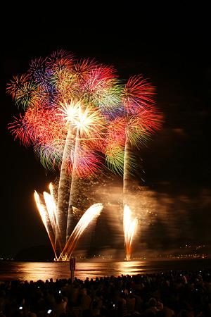 花火の彩り、逗子海岸!(20100826)