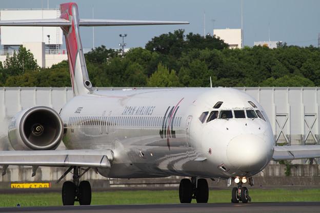 JAL_MD90_JA8062 No.3