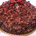 写真: クリスマスケーキなう。お茶はルピシアのジャスミン茶。