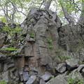 140518-21東北ツーリング・十和田湖・柱に化けた溶岩