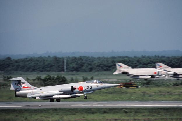 Photos: F-104J 46-8630 207sq CTS 1980Jul