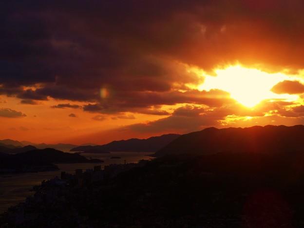 小雪と寒風~瑠璃山の夕刻~