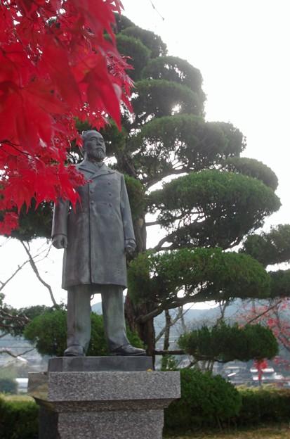 IMGP3448光市、伊藤公資料館、銅像