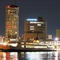 夜の高松港