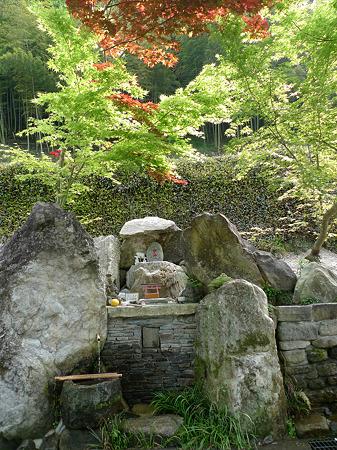 小川内水汲み場(冷や水湧水)(2)