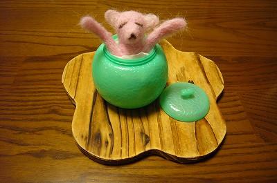 150127-1 羊毛フェルトの試作・ピンクのクマ