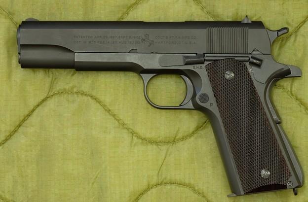 CAWモデルガン M1911A1 No.894167 HW樹脂製 ダミーカートリッジ仕様 2次生産品と3次生産品とのミックス