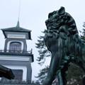 尾山神社 神門と狛犬(2)
