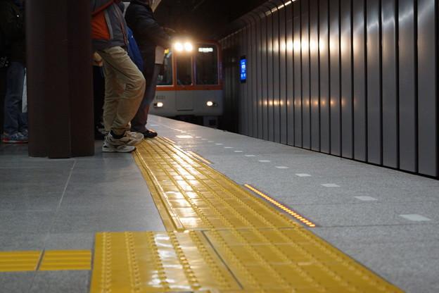 Photos: 阪神神戸三宮駅の写真0001