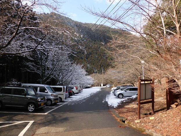 扁妙の滝登山口の駐車場