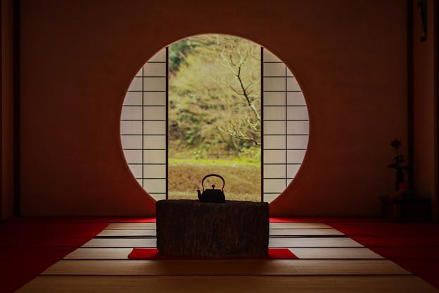 冬の円窓  ~Winter is reflected~