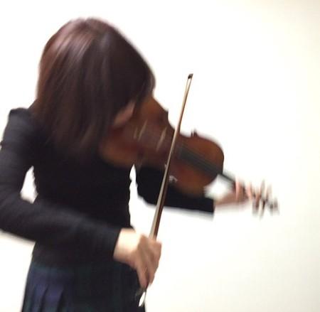 中野・江古田 バイオリン 個人レッスン ヴィオラ 吉瀬弥恵子 ワイズ音楽教室 ジェスチャー