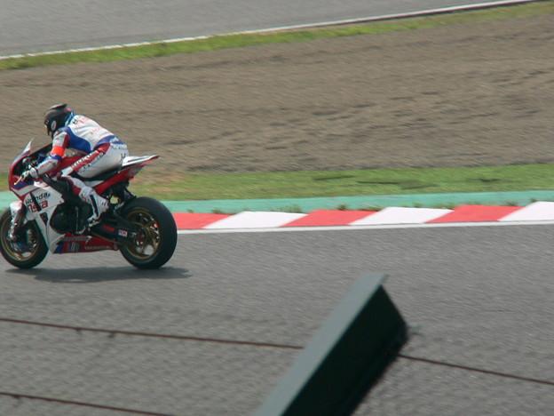 写真: 15 2014 Honda Team Asia ジョシュ ホック CBR1000RR ザムリ ババ 鈴鹿8耐 ディマス エッキー プラタマ SUZUKA8HOURS P1350362