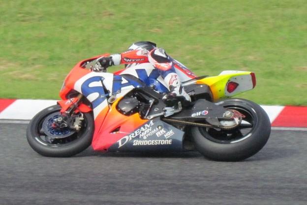 写真: 2014 鈴鹿8耐 Honda DREAM RT SAKURAI ジェイミー スタファー トロイ ハーフォス 亀谷長純 CBR1000RRSP 986