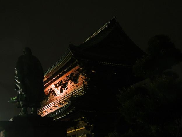 大荒行初日の晩 (中山法華経寺)